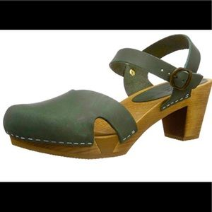 Sanita Matrix Flex Sandal Wood Clogs Green Sz 40